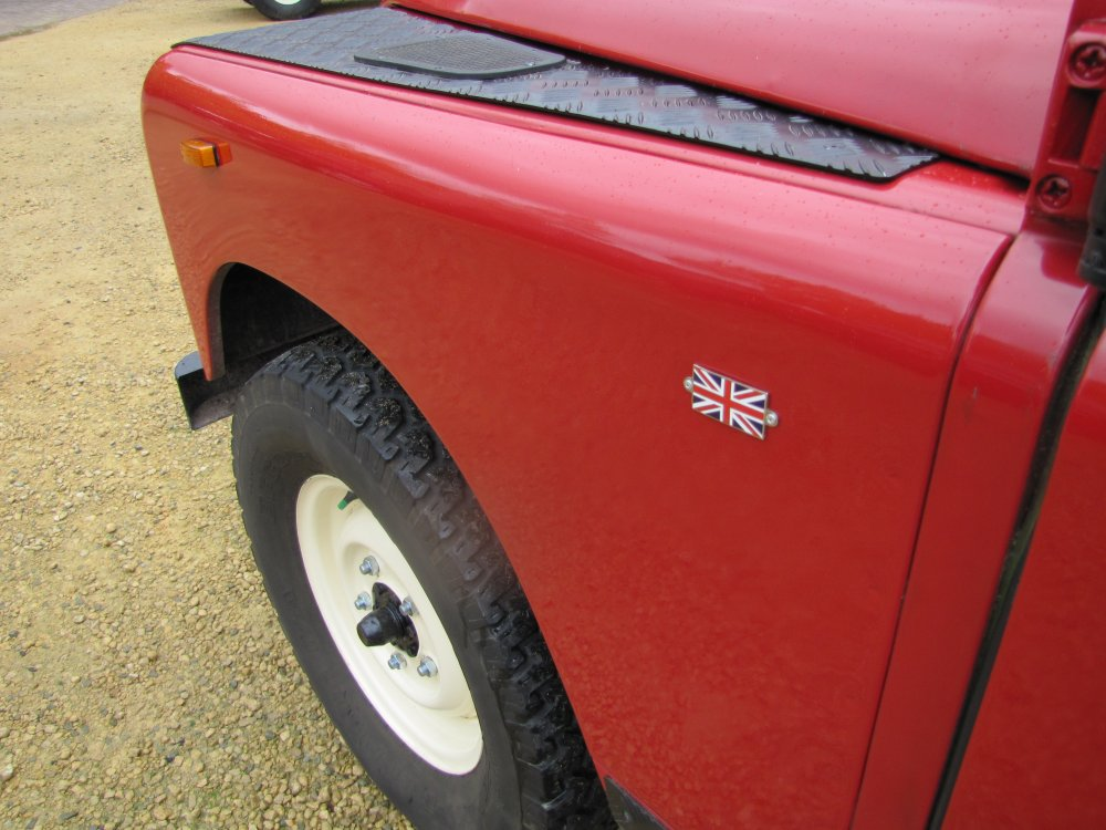 Click image for larger version  Name:Landrover Stage 1 V8 A left front wing.jpg Views:112 Size:121.1 KB ID:73072