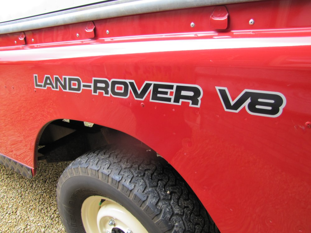 Click image for larger version  Name:Landrover Stage 1 V8 A logo side wing.jpg Views:173 Size:115.1 KB ID:73076