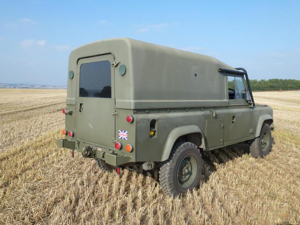Click image for larger version  Name:landrover tit 2 009 - Copy.jpg Views:212 Size:123.2 KB ID:103329