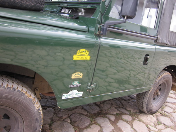 Click image for larger version  Name:LandRoversColombia003.jpg Views:54 Size:119.4 KB ID:43458