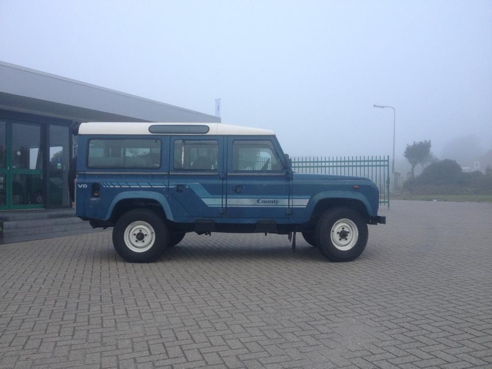 Click image for larger version  Name:LR110 blue i41.jpg Views:392 Size:71.1 KB ID:110791