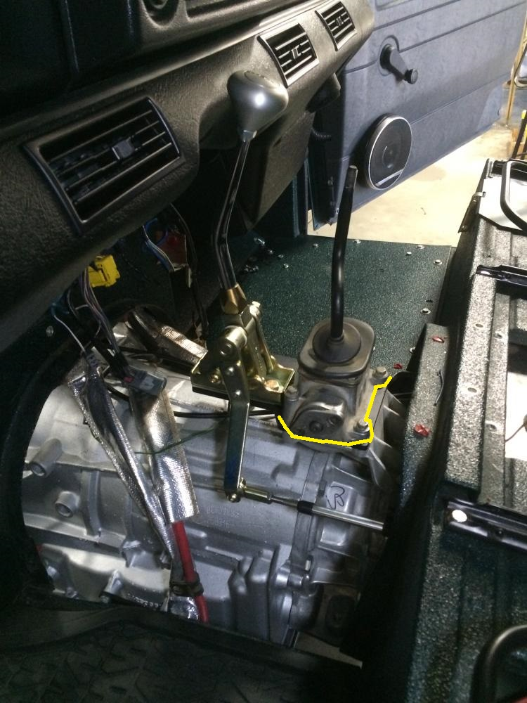 Click image for larger version  Name:lt230 shifter linkage top side.jpg Views:110 Size:202.8 KB ID:125465