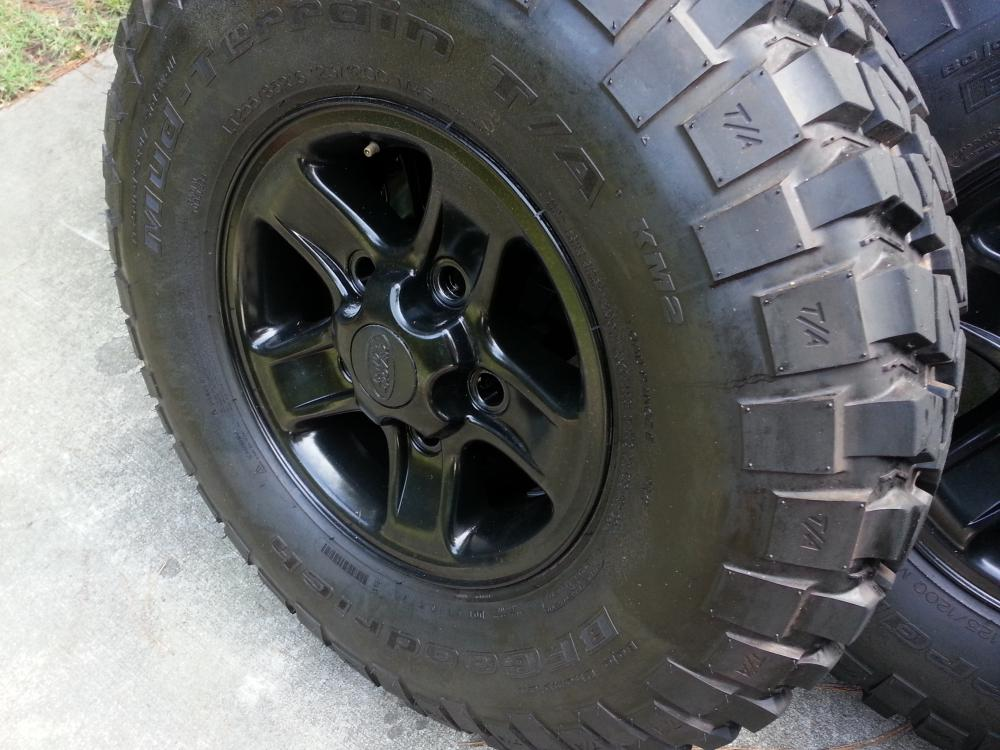 Click image for larger version  Name:LT255:85R16 BFGoodrich T:A KM2 Mud Terrain 107.jpg Views:314 Size:103.1 KB ID:122939