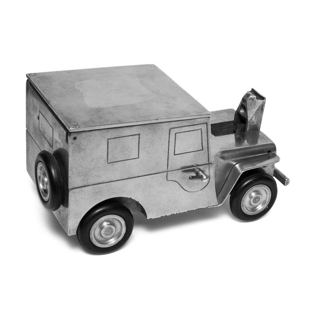Click image for larger version  Name:man-of-the-world-german-ww2-jeep-lighter-alt4_1024x1024.jpg Views:53 Size:67.6 KB ID:102191
