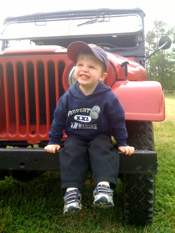 Click image for larger version  Name:mooseyjeep.jpg Views:121 Size:156.6 KB ID:28128
