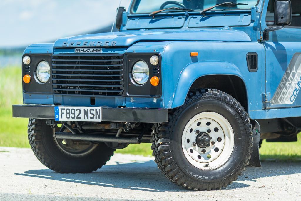 Click image for larger version  Name:OG Blue Land Rover-15.jpg Views:131 Size:112.7 KB ID:152319
