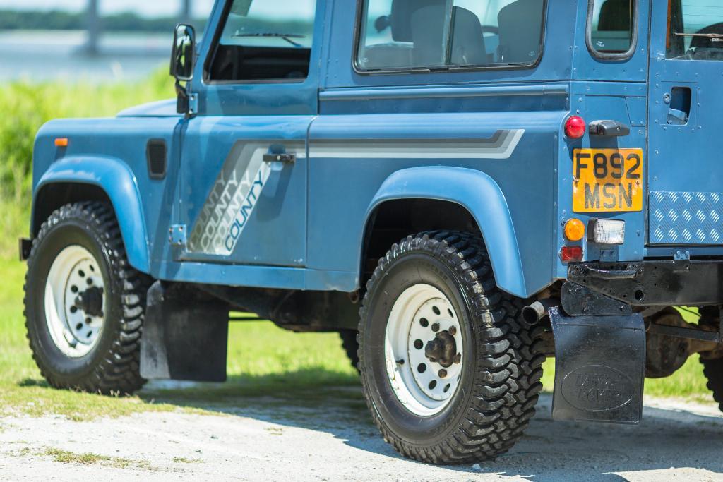 Click image for larger version  Name:OG Blue Land Rover-21.jpg Views:129 Size:102.5 KB ID:152320