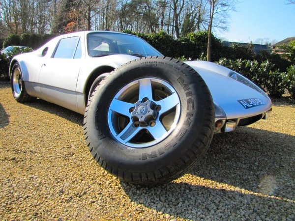 Click image for larger version  Name:Parts SVX wheels sml.jpg Views:381 Size:93.9 KB ID:37073