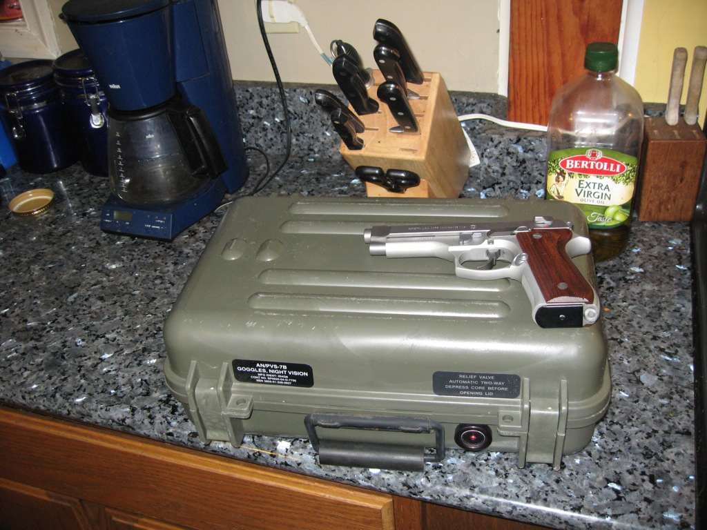 Click image for larger version  Name:Pelican Cases 001.jpg Views:1265 Size:259.3 KB ID:22922