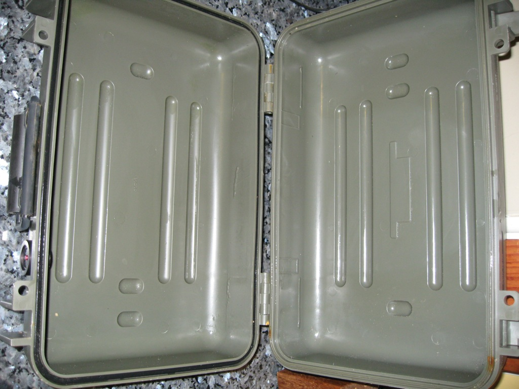 Click image for larger version  Name:Pelican Cases 005.jpg Views:716 Size:184.9 KB ID:22948