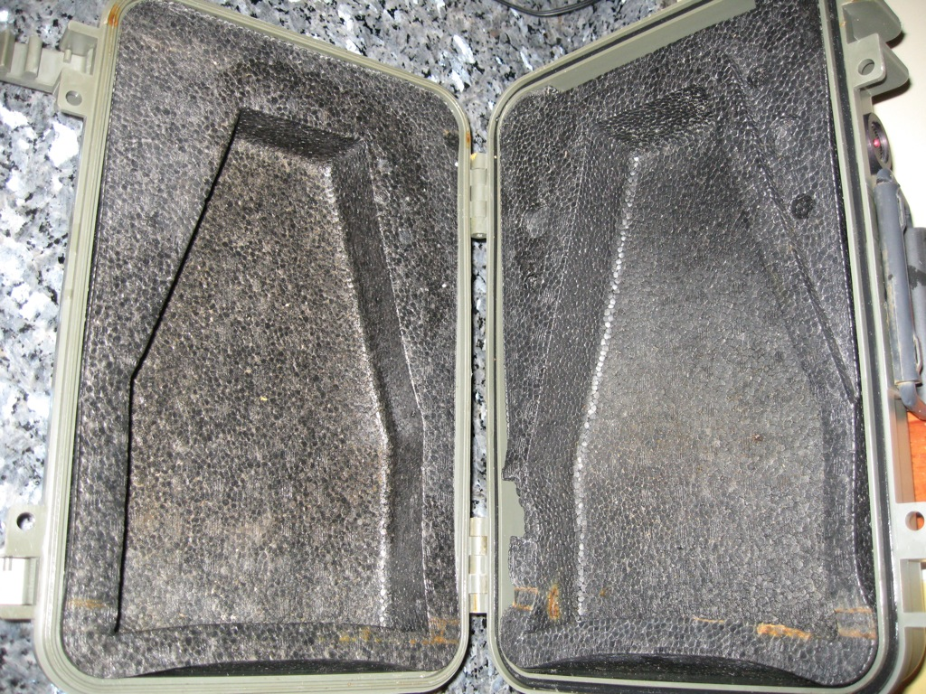 Click image for larger version  Name:Pelican Cases 006.jpg Views:764 Size:413.3 KB ID:22949