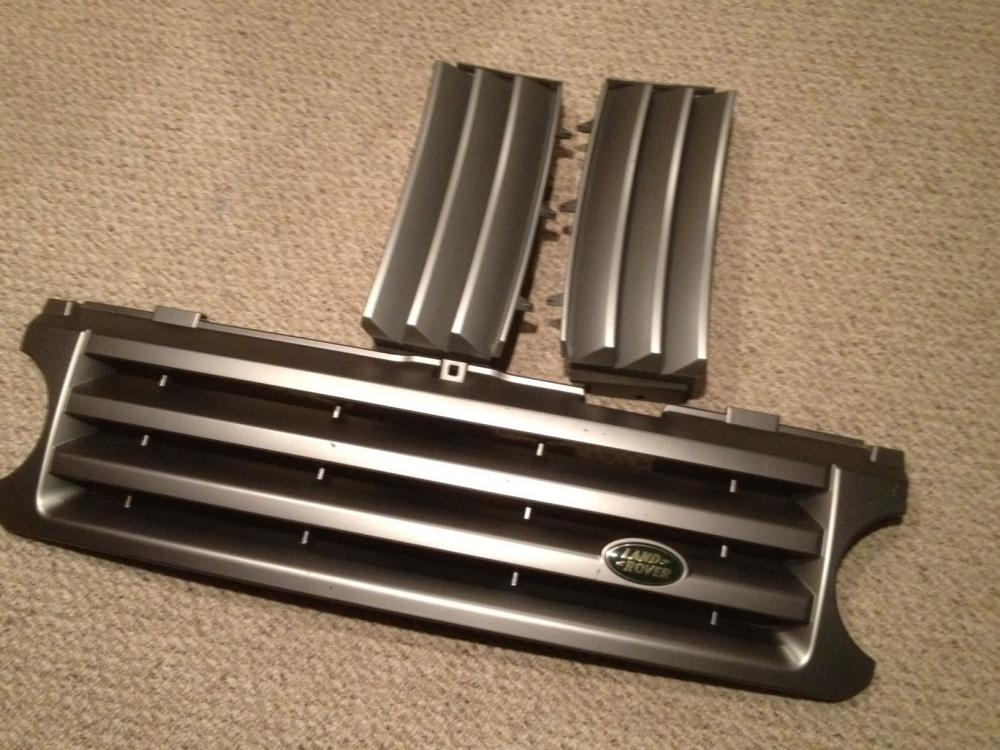 Click image for larger version  Name:Range Rover Grill.jpg Views:66 Size:104.4 KB ID:46031