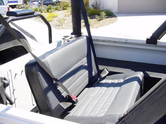 Click image for larger version  Name:rear bench.jpg Views:268 Size:44.7 KB ID:122