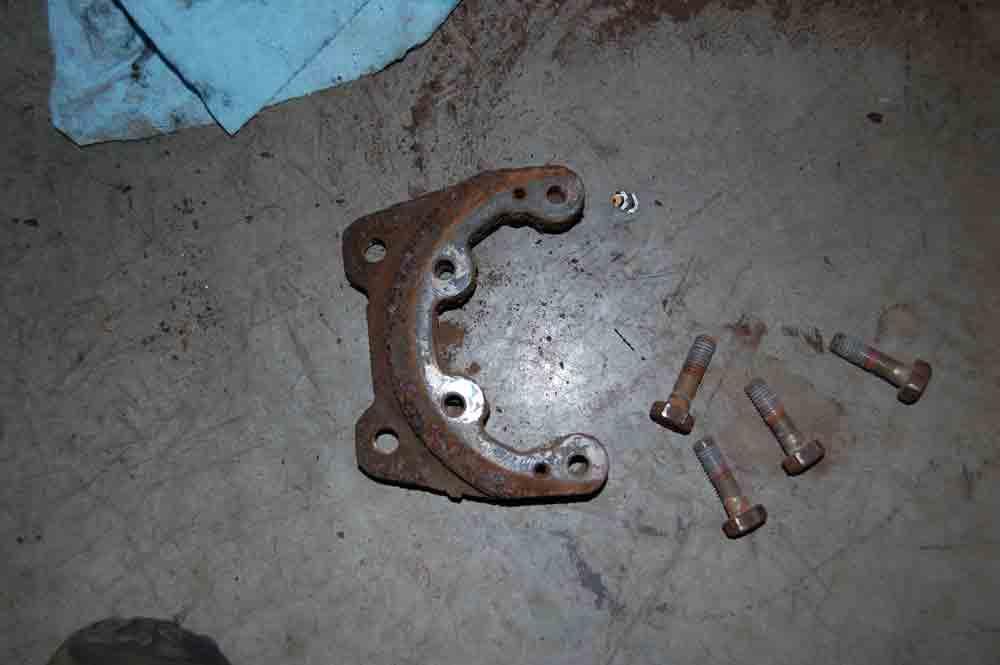 Click image for larger version  Name:Rear-brake-bracket.jpg Views:143 Size:20.8 KB ID:34124