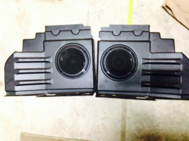 Click image for larger version  Name:rear speakers.jpg Views:62 Size:103.5 KB ID:97493