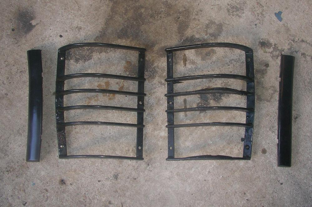 Click image for larger version  Name:Rear Taillight guards.jpg Views:103 Size:110.9 KB ID:56759