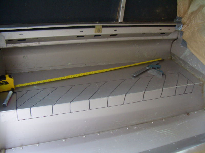 Click image for larger version  Name:rear tub cut 7.jpg Views:393 Size:56.6 KB ID:149086