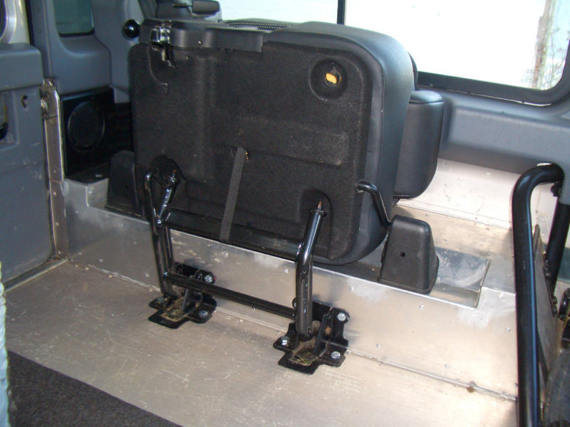 Click image for larger version  Name:rear tub with seats.jpg Views:1803 Size:78.7 KB ID:149087
