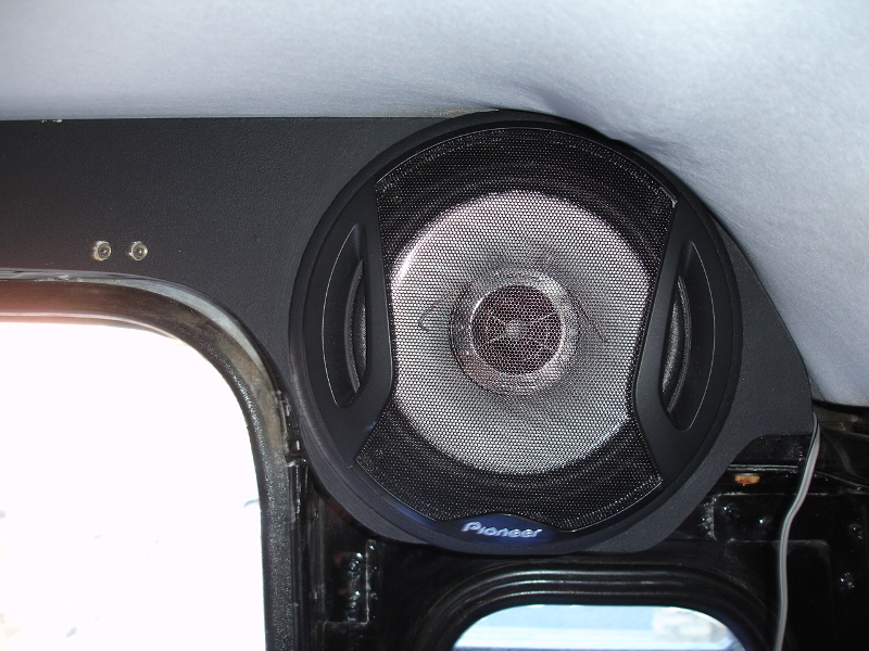 Click image for larger version  Name:RearSpeaker.JPG Views:357 Size:199.4 KB ID:15905