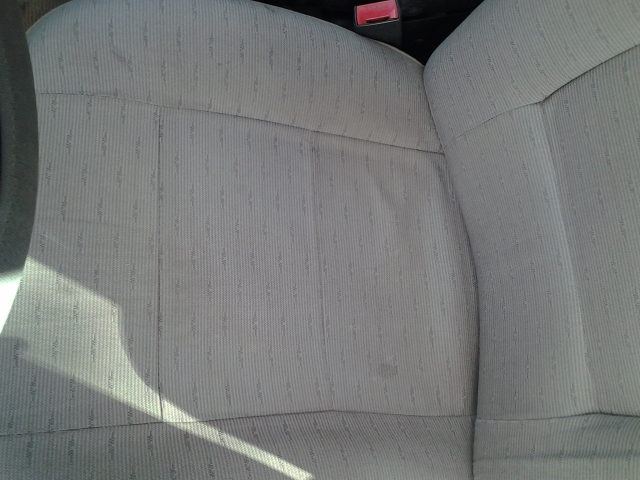 Click image for larger version  Name:redone seat.jpg Views:162 Size:209.8 KB ID:46098