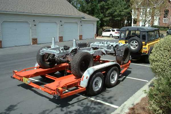 Click image for larger version  Name:Resized_Chassis on Trailer 2v1.jpg Views:539 Size:42.0 KB ID:4503