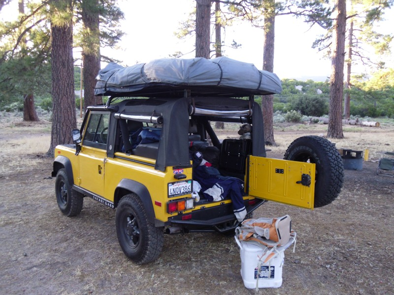 Click image for larger version  Name:roof top tent closed2.jpg Views:249 Size:175.5 KB ID:40863
