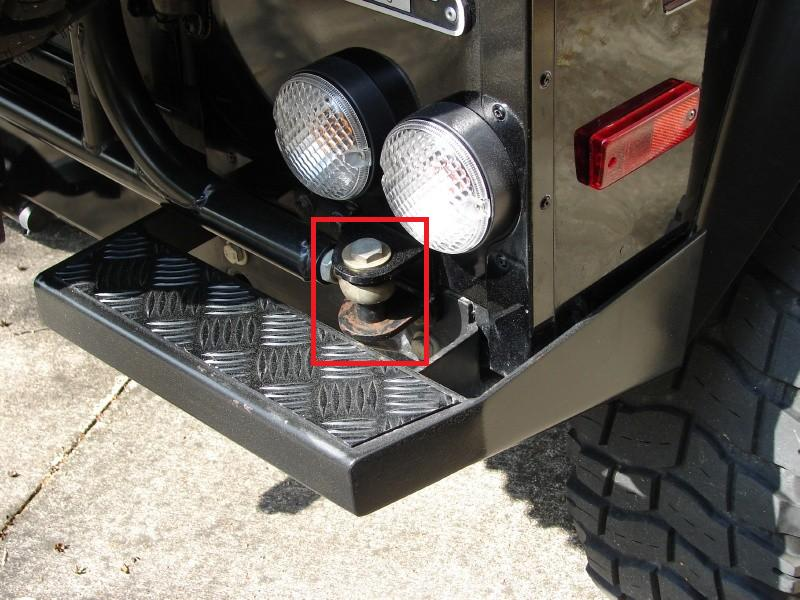 Click image for larger version  Name:Safari Gard rear tire carrier bolt 1.jpg Views:56 Size:83.5 KB ID:54153