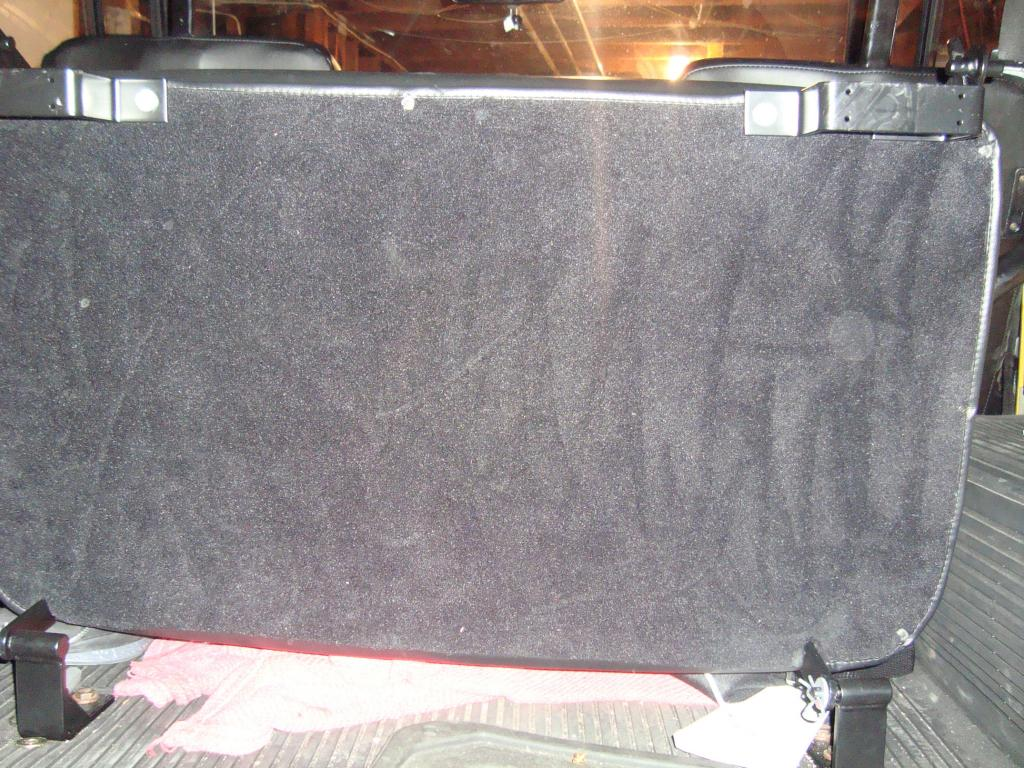 Click image for larger version  Name:seat bottom detail a.jpg Views:64 Size:160.8 KB ID:35302