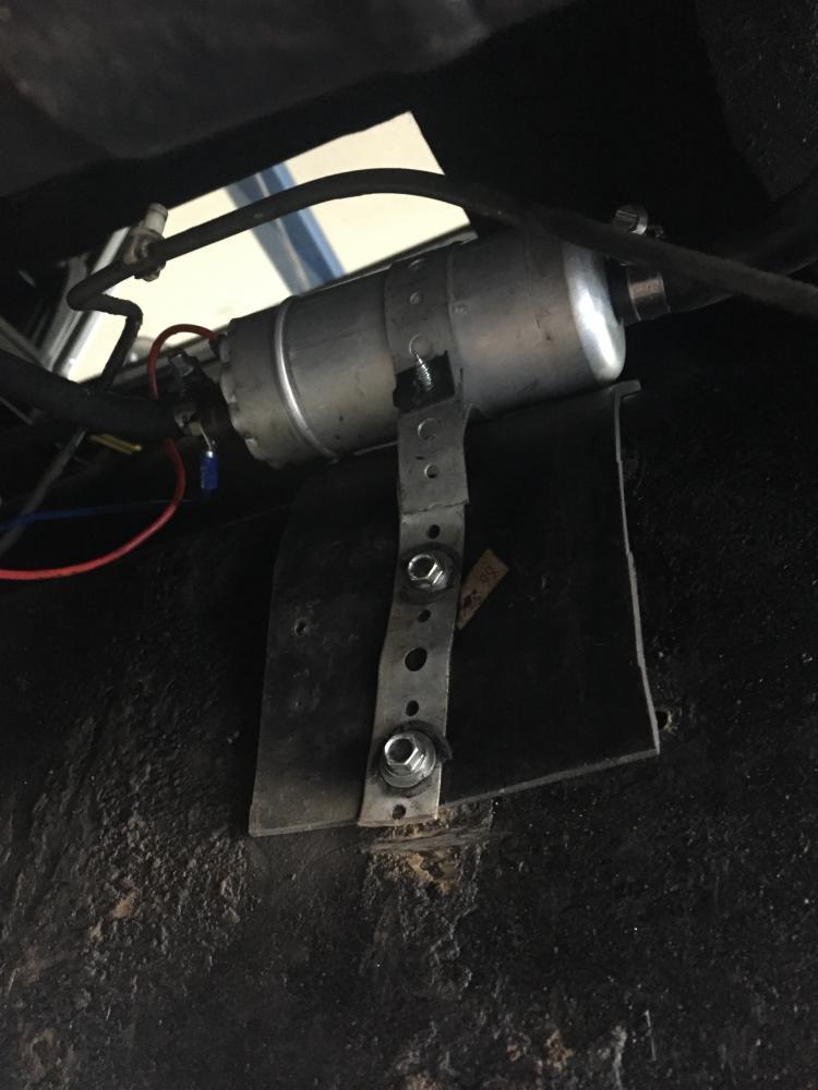 Click image for larger version  Name:Shayne's original fuel pump setup.jpg Views:186 Size:65.8 KB ID:124997