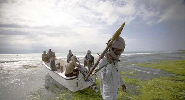 Click image for larger version  Name:somali-pirates.jpg Views:163 Size:20.0 KB ID:38145