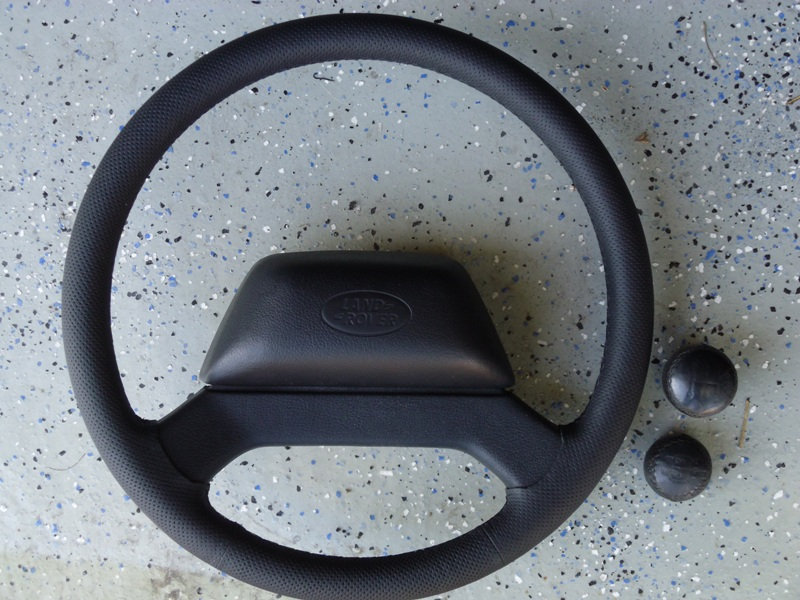 Click image for larger version  Name:Steering wheel1.jpg Views:195 Size:194.3 KB ID:34993