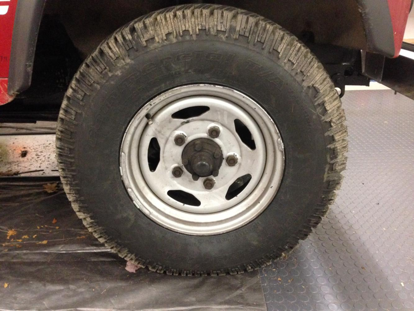 Click image for larger version  Name:Stinky wheel.jpg Views:13 Size:163.9 KB ID:335377