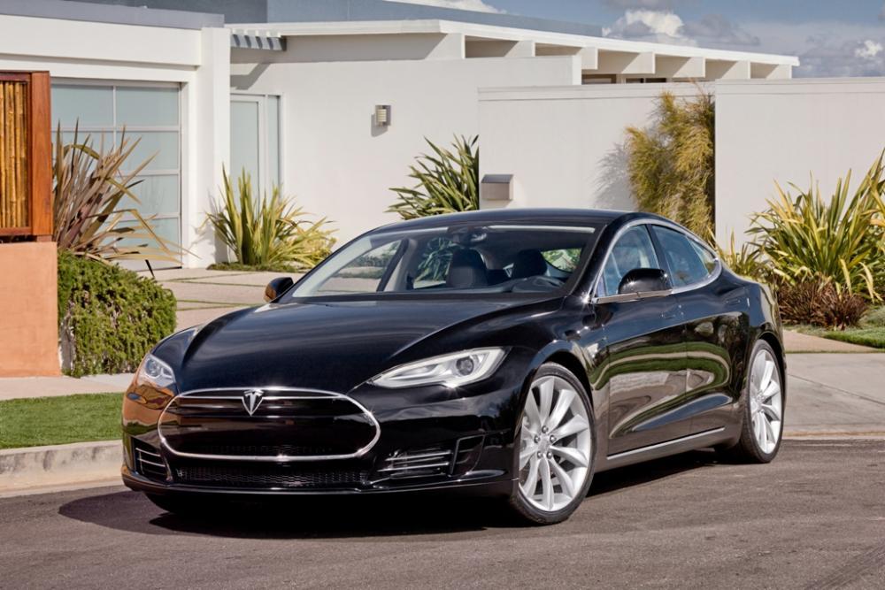 Click image for larger version  Name:tesla-motors-electric-car.jpg Views:148 Size:100.3 KB ID:68018