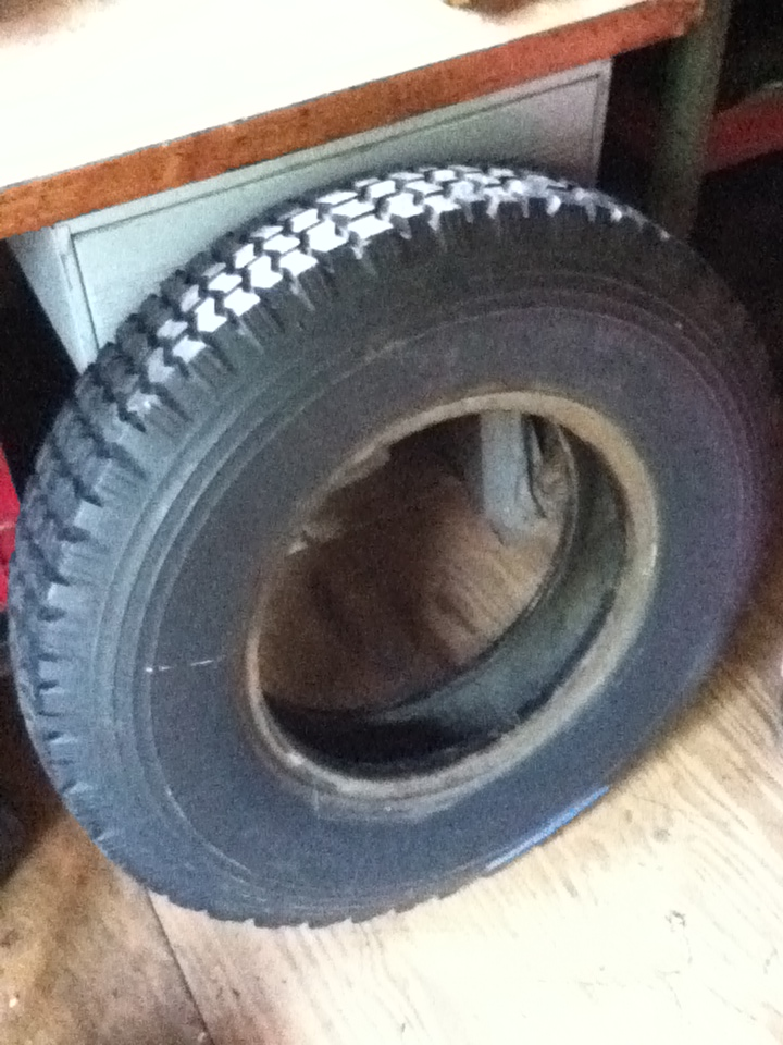 Click image for larger version  Name:tire3.jpg Views:78 Size:246.2 KB ID:59047