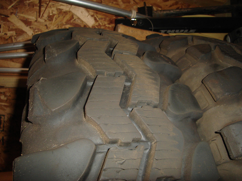 Click image for larger version  Name:tires1.jpg Views:154 Size:267.8 KB ID:19390