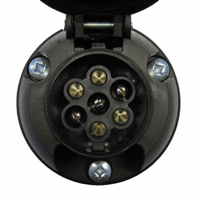 Click image for larger version  Name:tow-socket1.jpg Views:39 Size:26.1 KB ID:100150