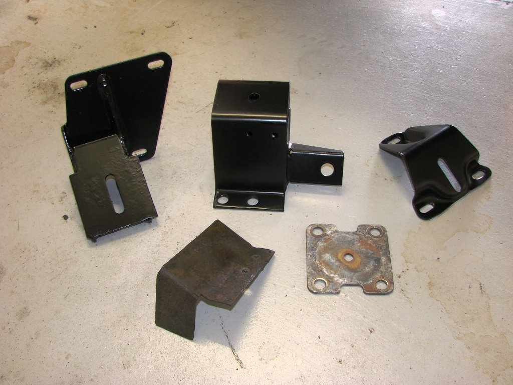 Click image for larger version  Name:Trans Mounts for Auto II.jpg Views:64 Size:395.1 KB ID:33776
