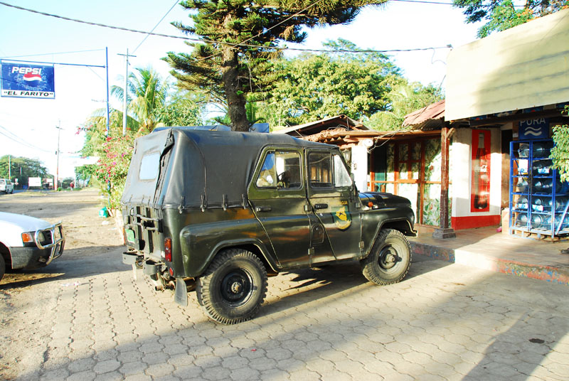 Click image for larger version  Name:uaz.jpg Views:142 Size:187.7 KB ID:11803