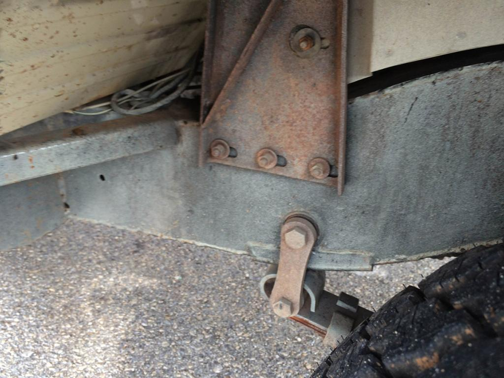 Click image for larger version  Name:undercarriage_6.jpg Views:73 Size:109.3 KB ID:151415