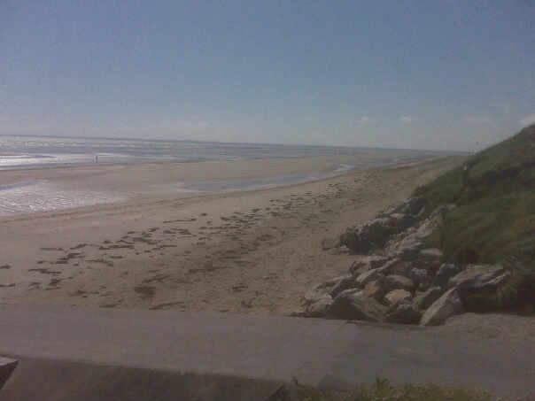 Click image for larger version  Name:utah beach 2009.jpg Views:120 Size:17.8 KB ID:39412