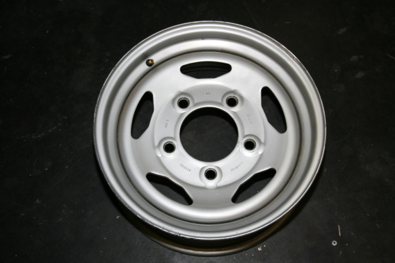 Click image for larger version  Name:wheel.jpg Views:123 Size:391.9 KB ID:61019