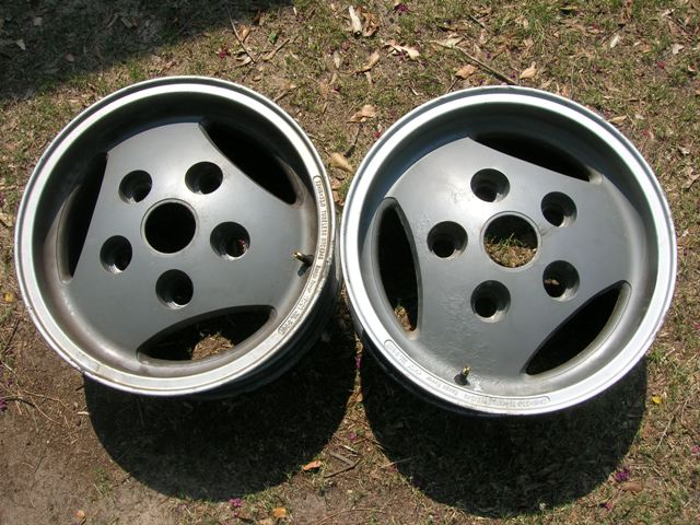 Click image for larger version  Name:wheels1.jpg Views:61 Size:87.2 KB ID:40079