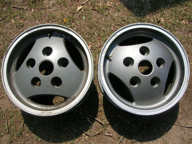 Click image for larger version  Name:wheels2.jpg Views:63 Size:87.5 KB ID:40080