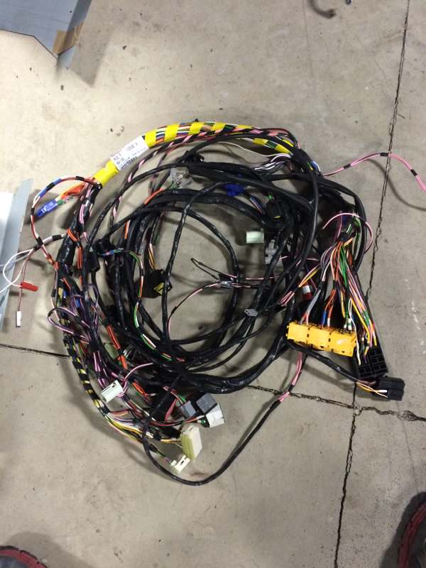 Click image for larger version  Name:Wiring Harness 2.jpg Views:146 Size:544.2 KB ID:115697